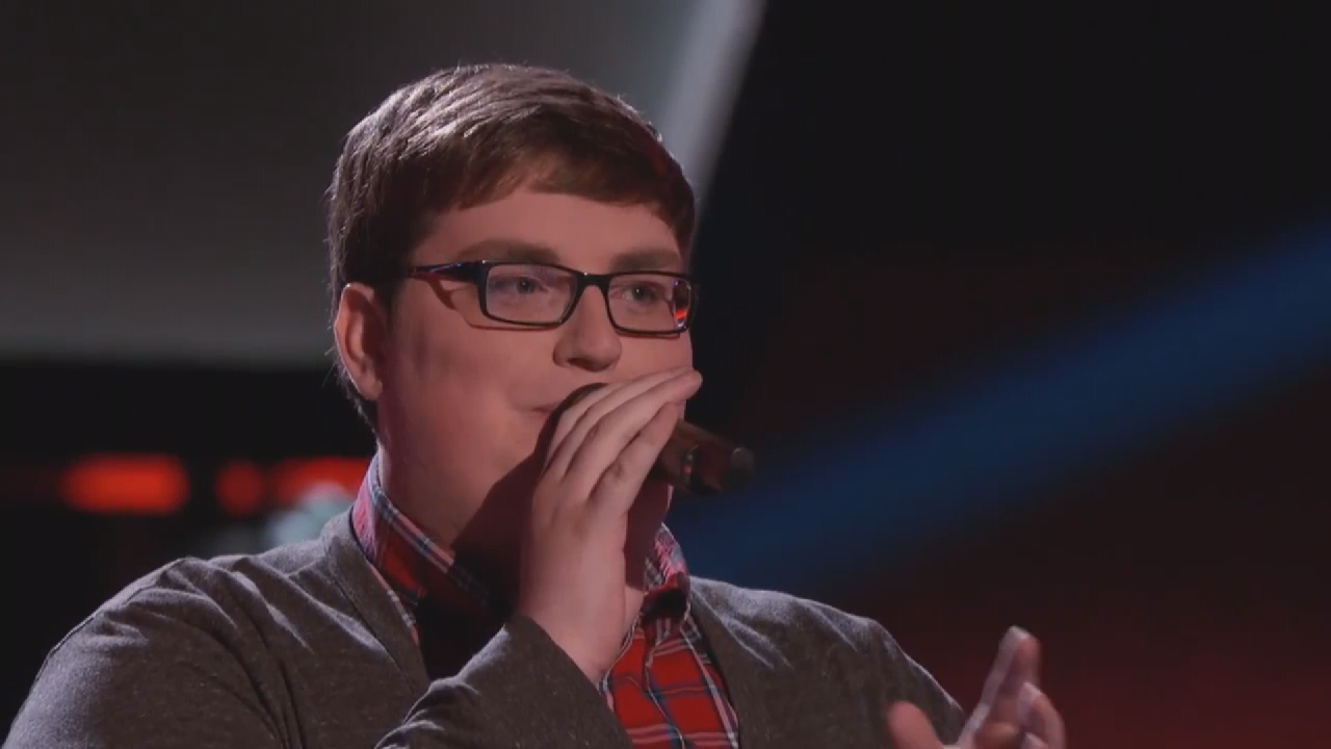 "Team Adam wins 2015 ""The Voice"""