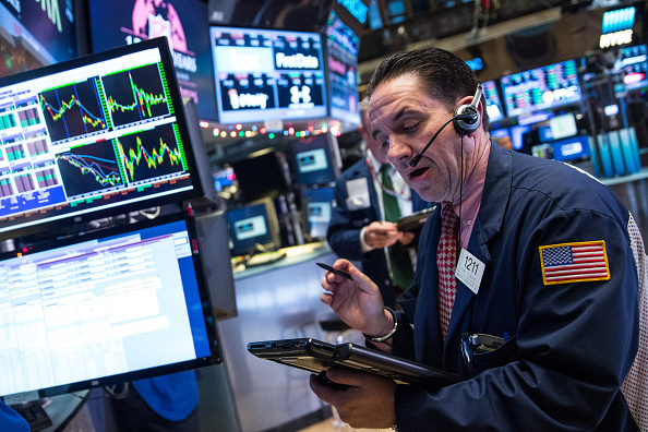 US stocks fall for a second straight day